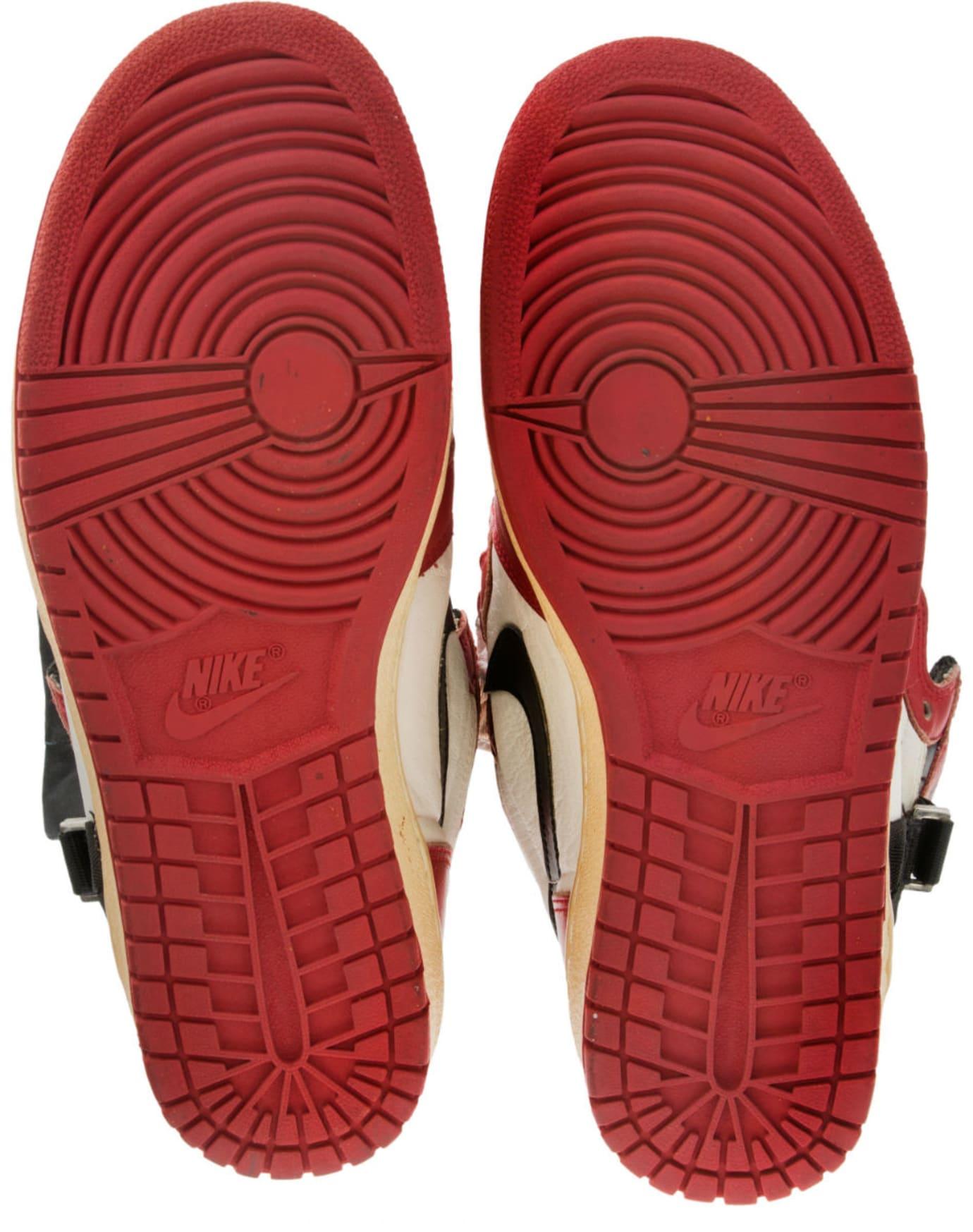 Air Jordan 1 Straps Injury Sample Auction Sole