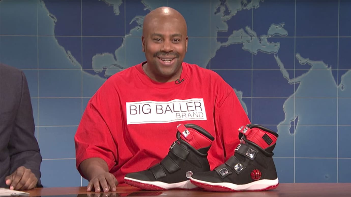 95f76a09e98 LaVar Ball Unveils LiAngelo Ball s Sneakers on SNL