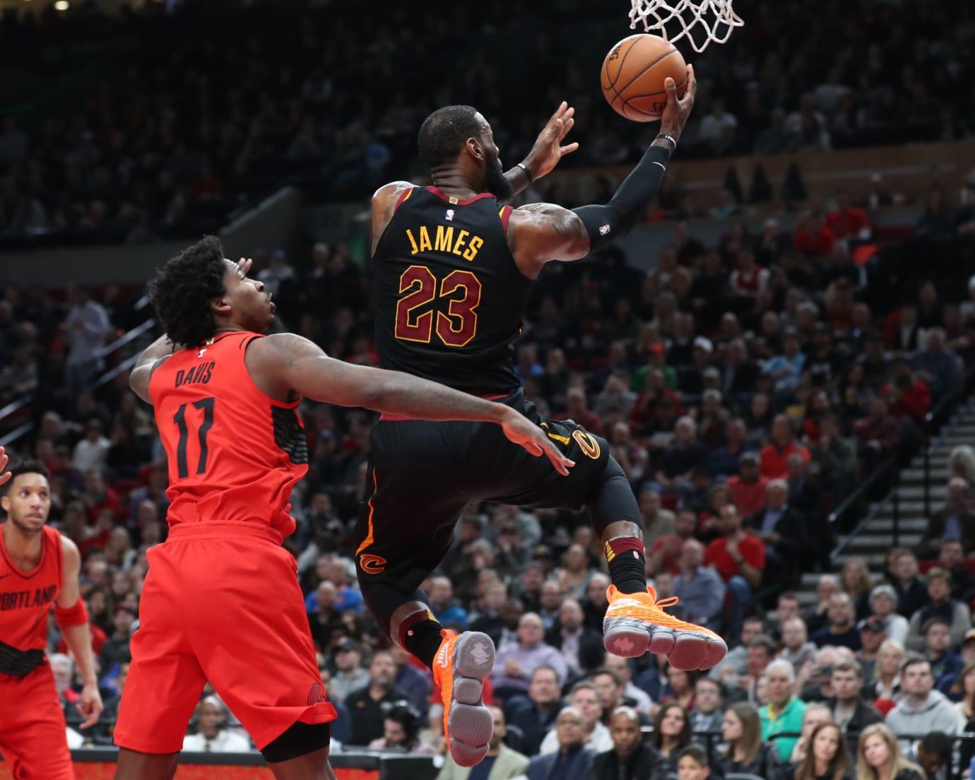 LeBron James Nike LeBron 15 Orange Box e0a865d3855e