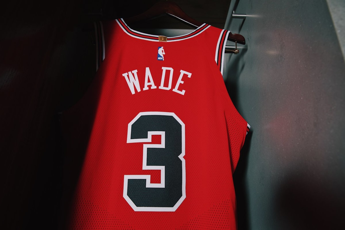 768c0143528 Image via Chicago Bulls · Chicago Bulls Nike Jersey Home Back