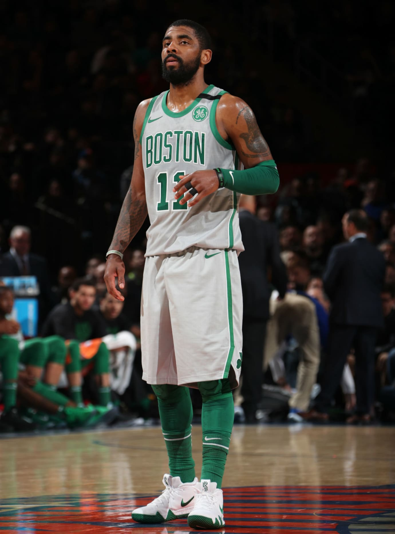 21ce663e8c1b Kyrie Irving Nike Kyrie 4 White Green Celtics PE