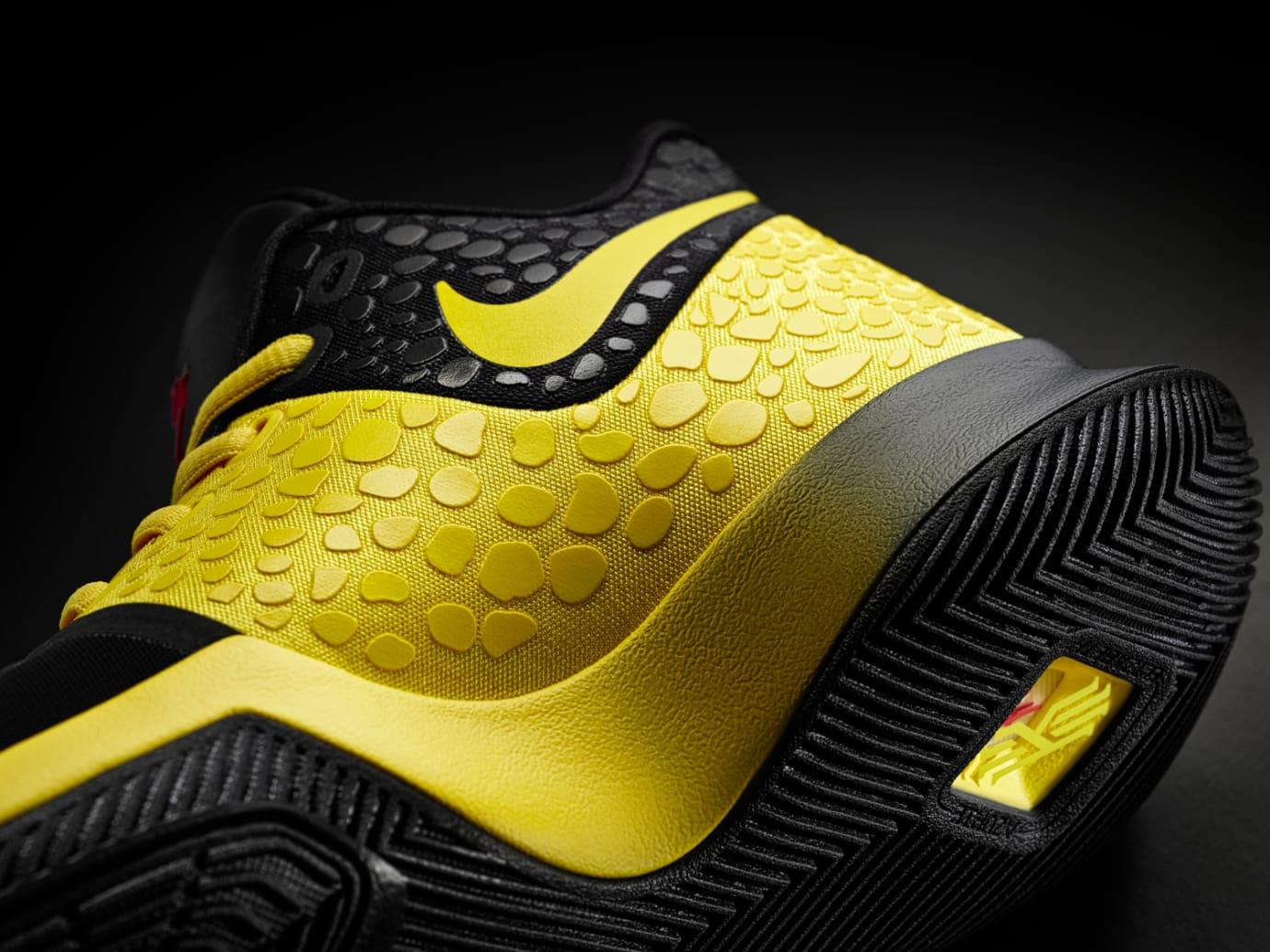 Nike Kyrie 3 Mamba Mentality Bruce Lee Medial