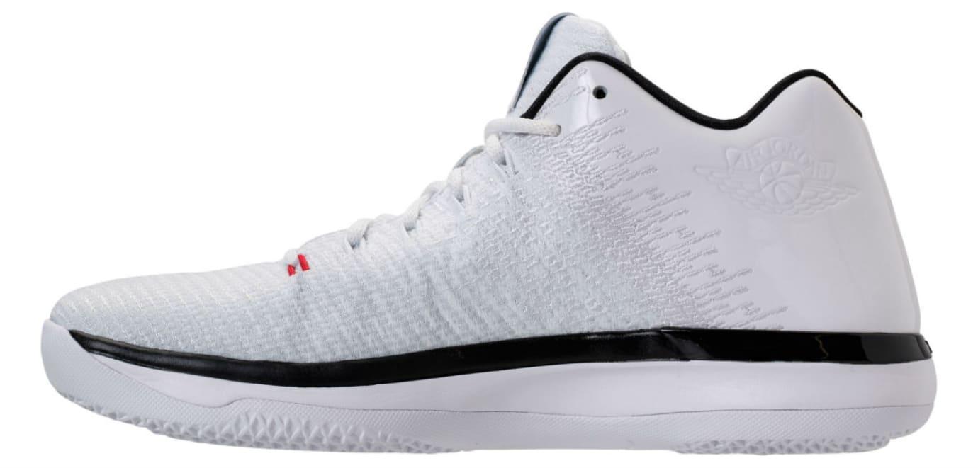 Air Jordan 31 Low Bulls Release Date Medial 897564-101