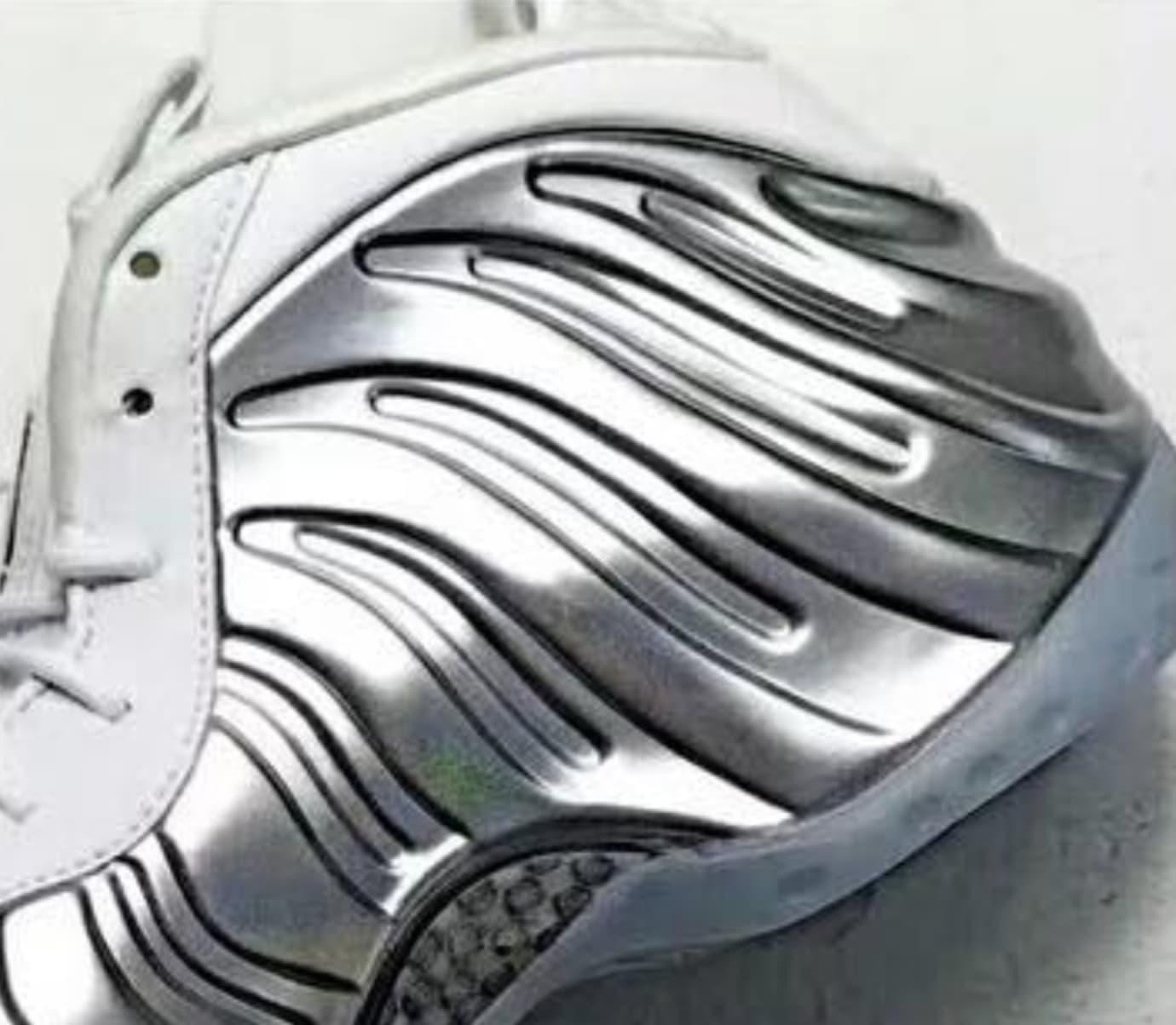 Nike Air Foamposite One WMNS 'Chrome' (Detail)