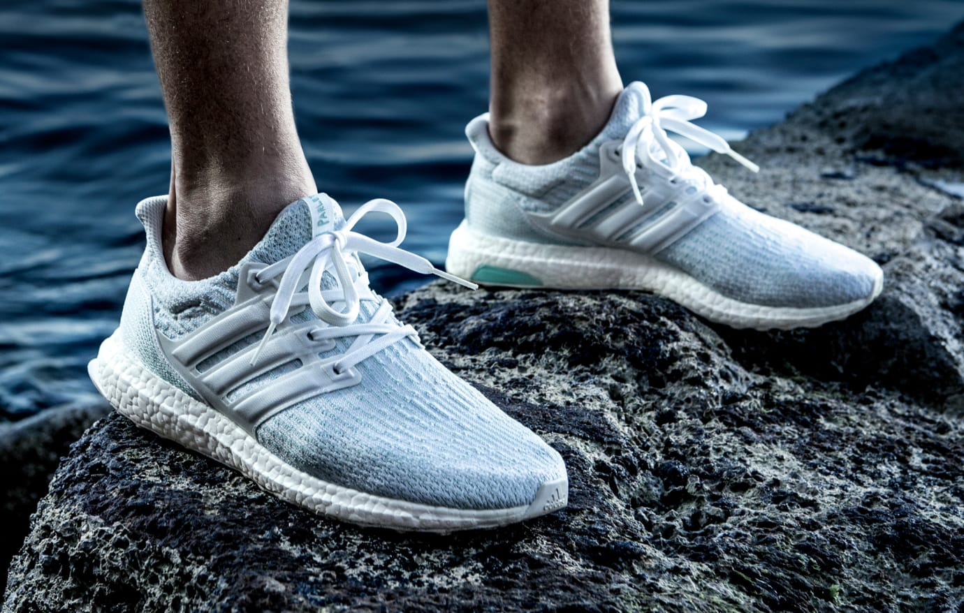 Parely Adidas Ultra Boost White Coral