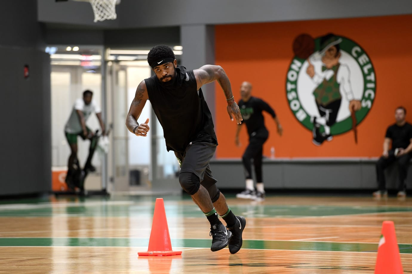 Kyrie Irving in the Nike Kyrie 5