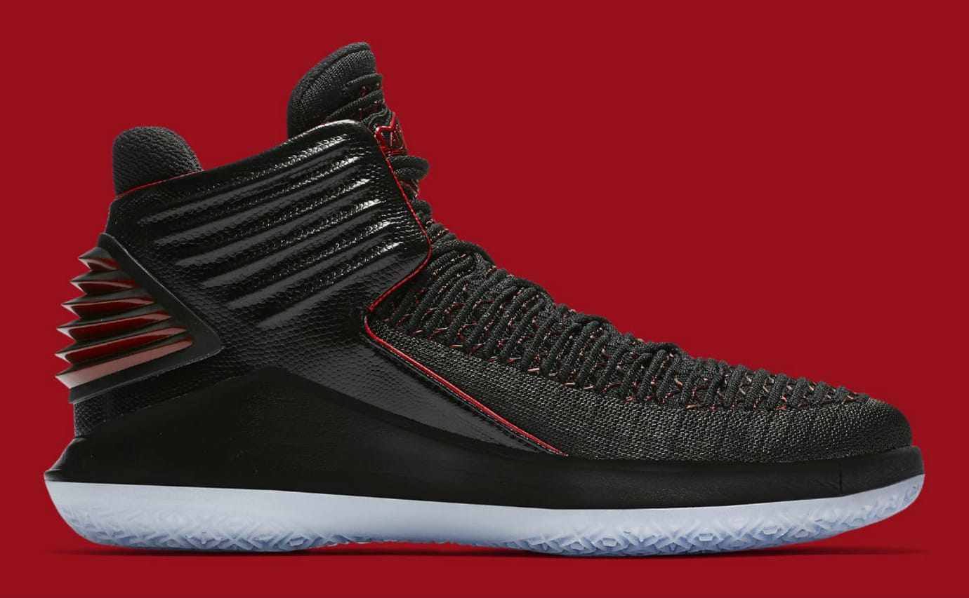 Air Jordan 32 XXXII Banned Bred Release Date Medial AA1253-001