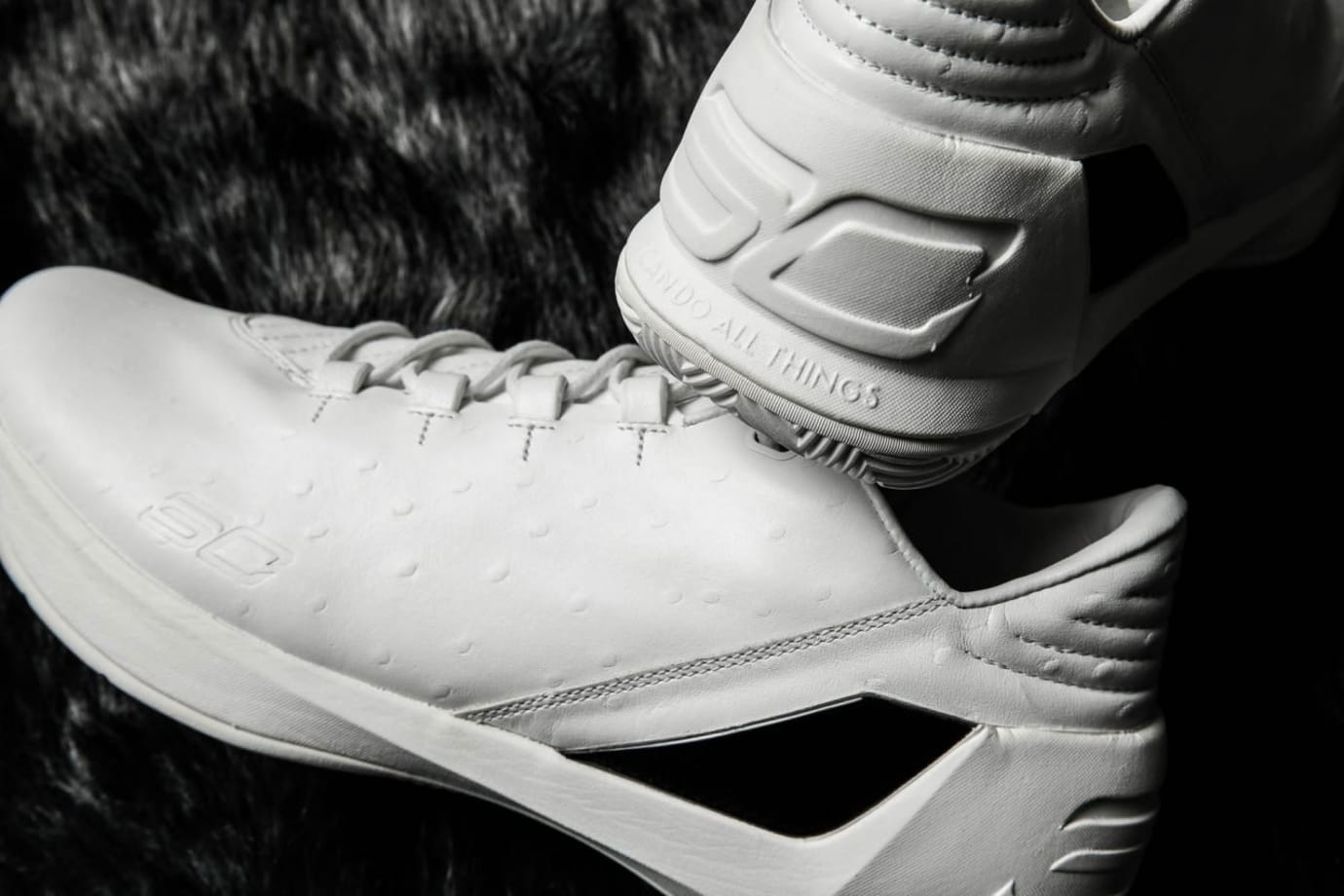Under Armour Curry 3 Low Lux White Ostrich Heel