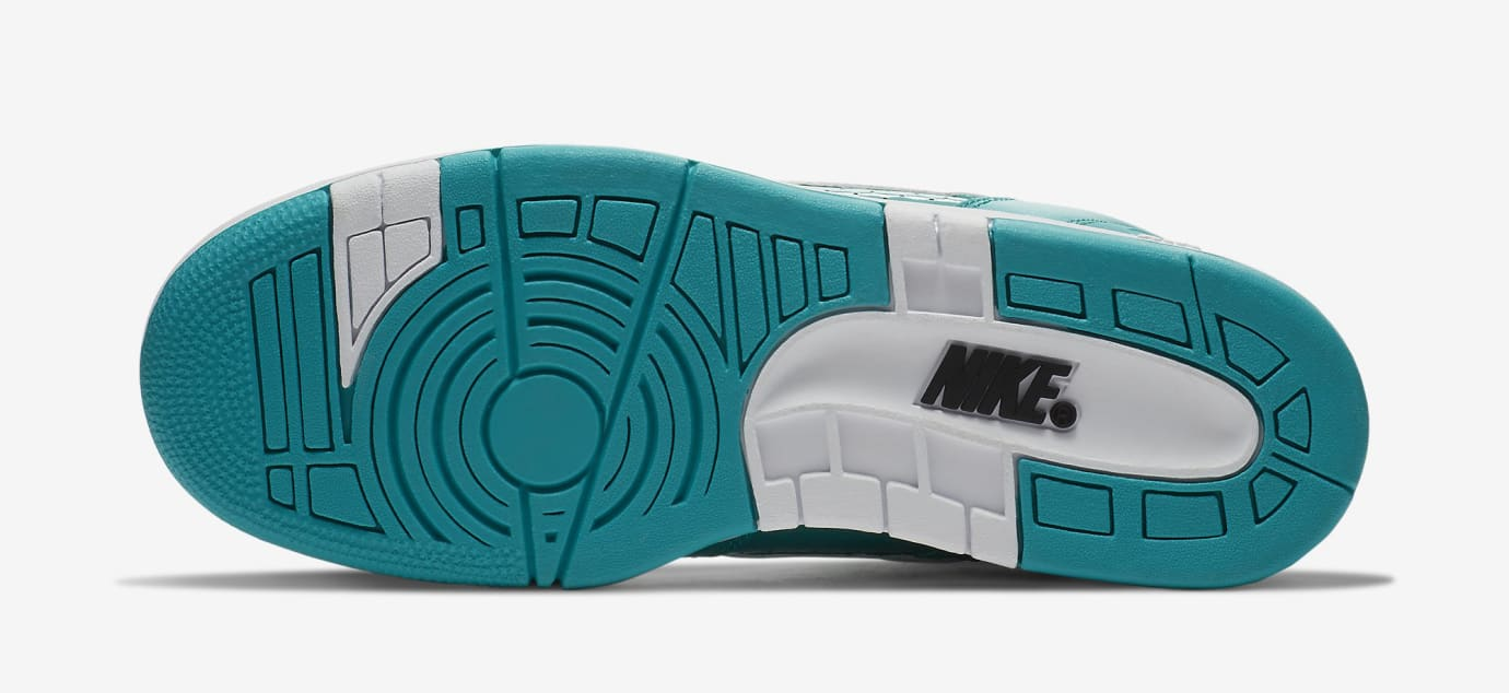 Supreme Nike SB Air Force 2 AA0871-313 Teal Sole