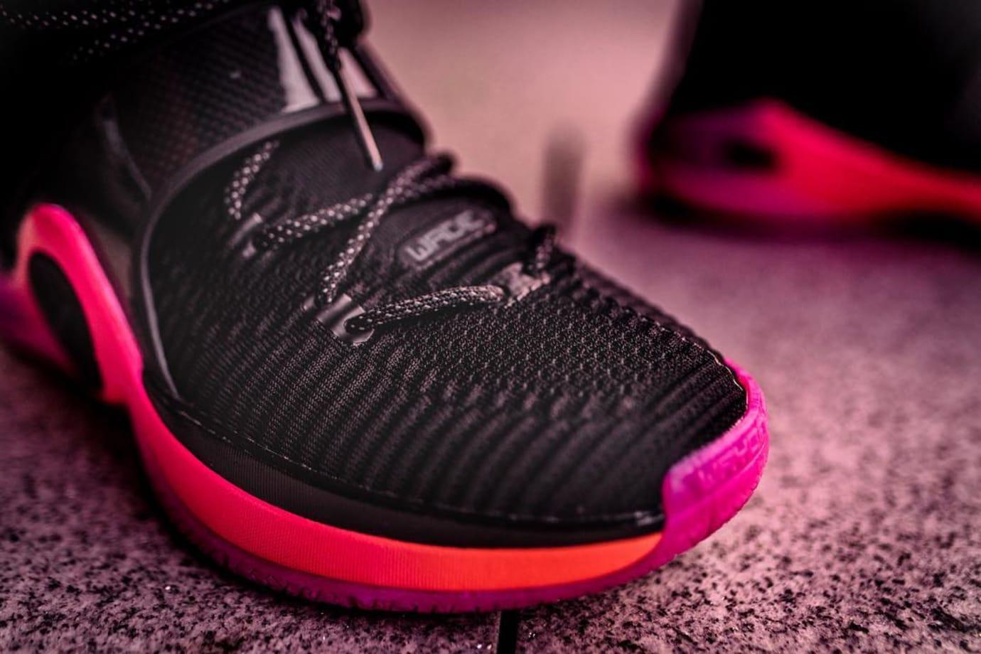 Li-Ning Way of Wade 6 Black/Pink Release Date Toe