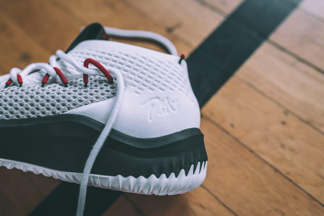Adidas Dame 4 Blazers 3