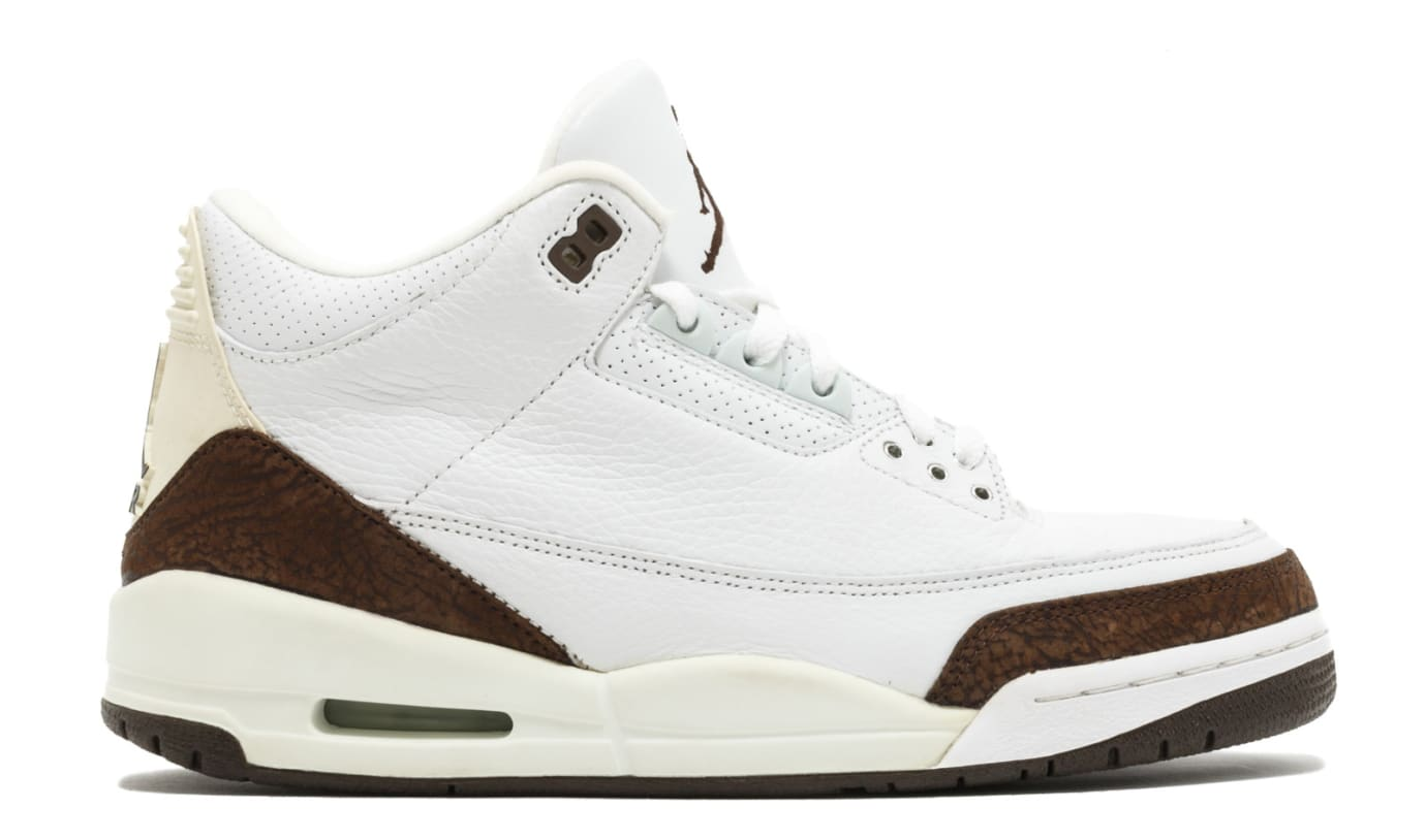 Air Jordan 3 Mocha Profile