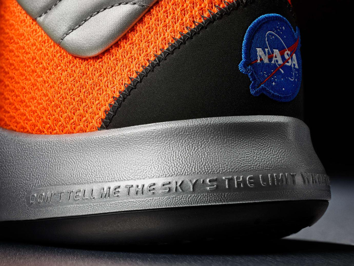 Nike PG 3 NASA Release Date CI2666-800 Heel NASA
