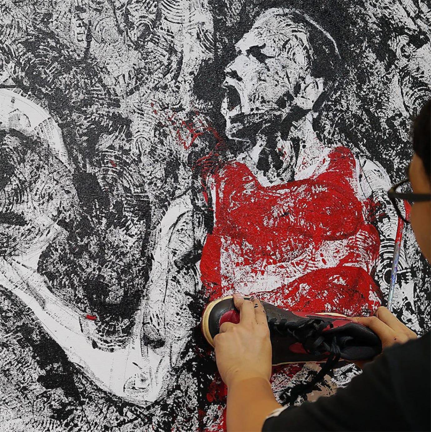 Artist Paints Michael Jordan with Air Jordans (2)