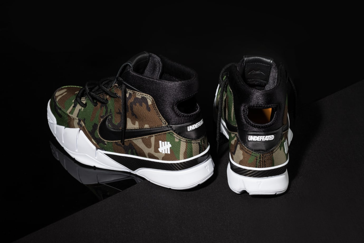 Undefeated x Nike Kobe 1 Protro 'Camo' 4