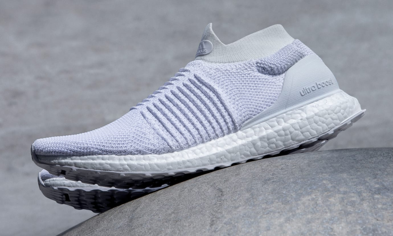 Adidas UltraBOOST Laceless White (Lateral)