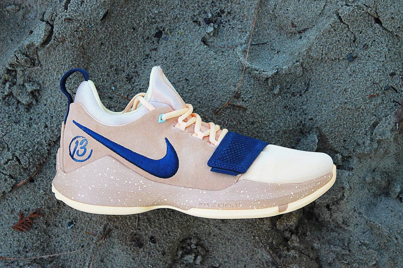 Paul George Nike PG1 Wild Wild West Profile