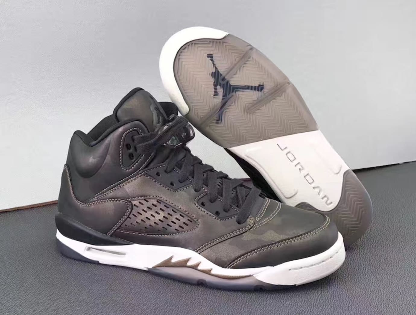 Air Jordan 5 Heiress Camo Release Date Sole 919710-030