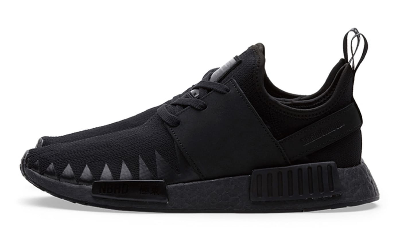 Neighborhood x Adidas NMD_R1 PK 'Triple Black' (Lateral)