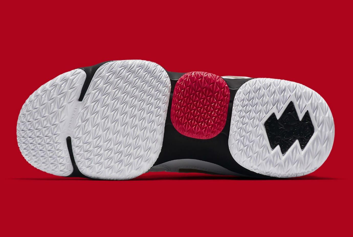 Nike LeBron 15 Diamond Turf Release Date AO9144-100 Sole