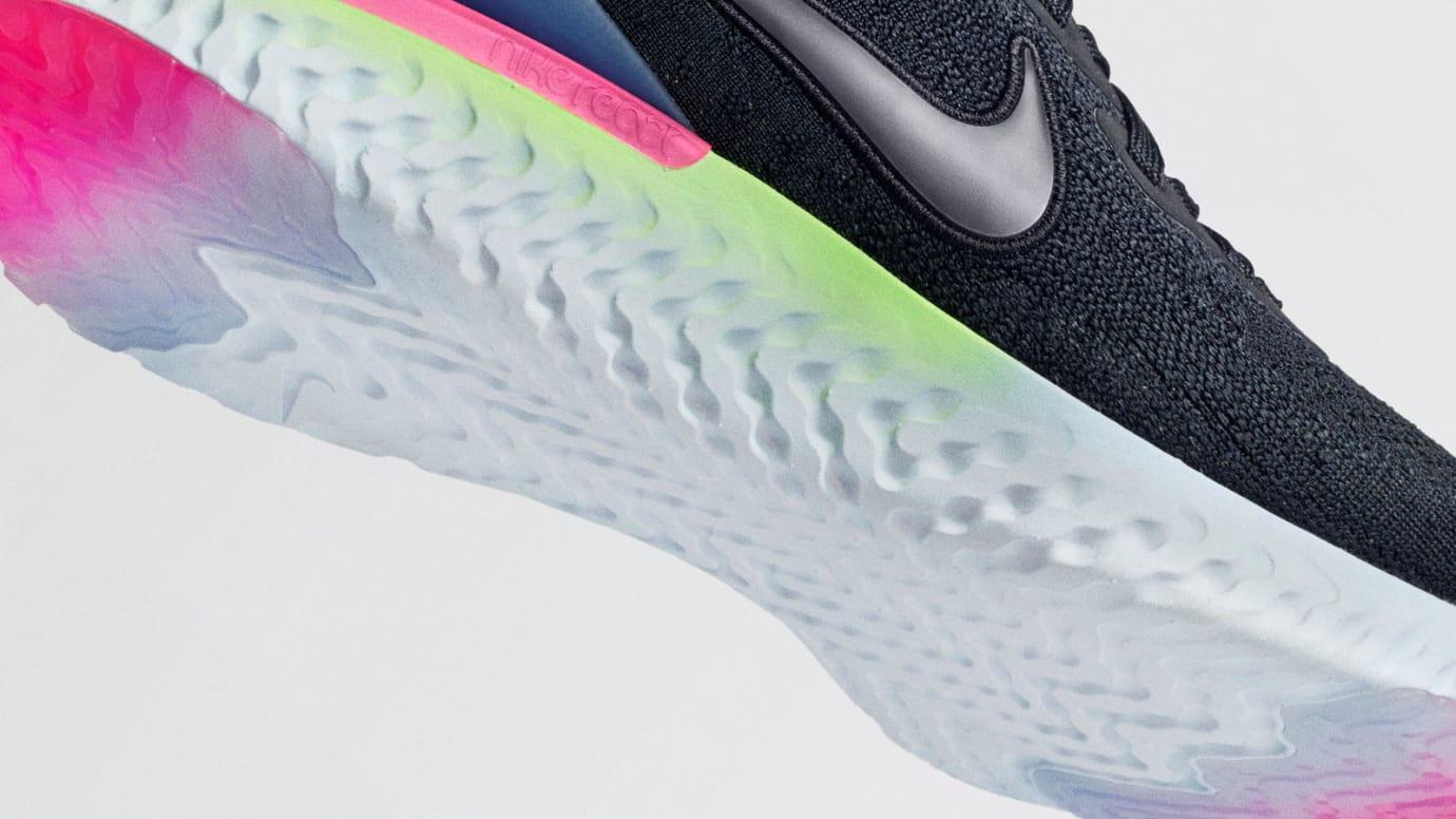 Nike Epic React Flyknit 2 'Pixel' (Sole)