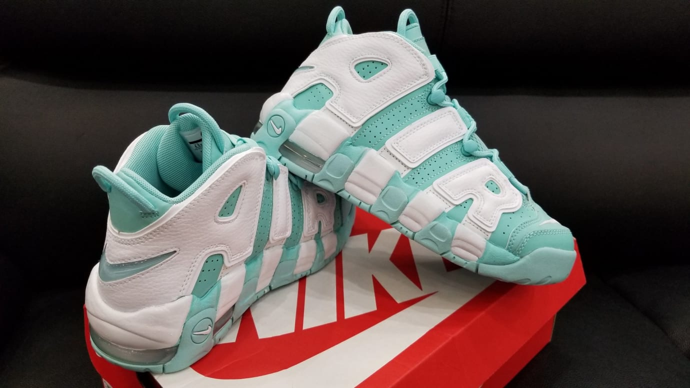 super popular a6a08 738b7 Nike Air More Uptempo GS Island Green Release Date Right 415082-300