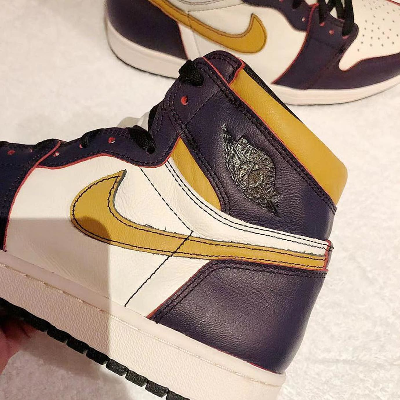 Nike SB x Air Jordan 1 'Lakers' CD6578-507 2