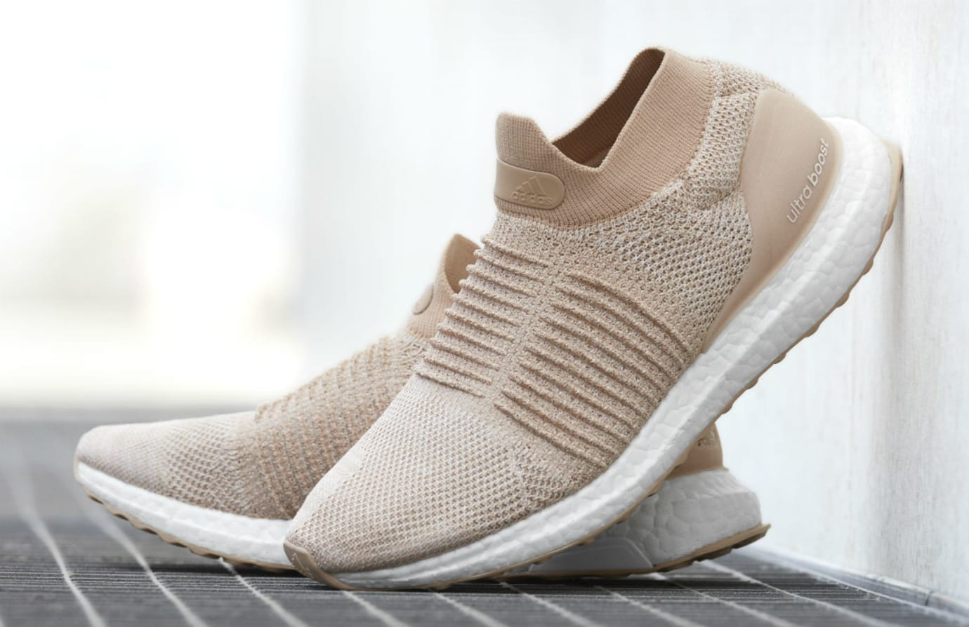 Adidas Ultra Boost Laceless Nude Release Date Toe
