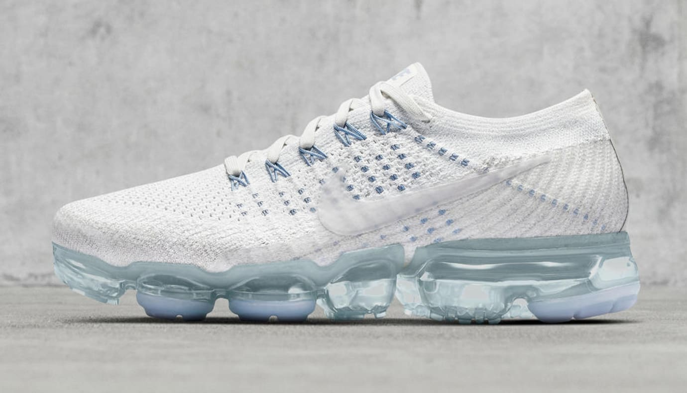 save off 6d5c2 11212 Nike Air VaporMax Oreo White Blue Release Date | Sole Collector