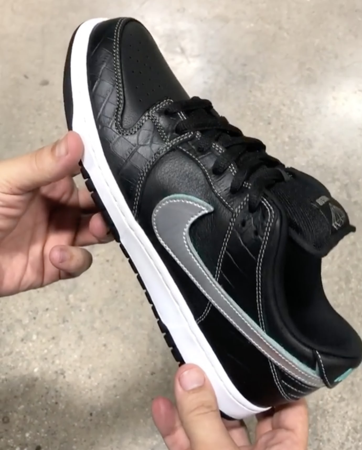 Diamond Supply Co. x Nike SB Dunk Low 'Black' 4