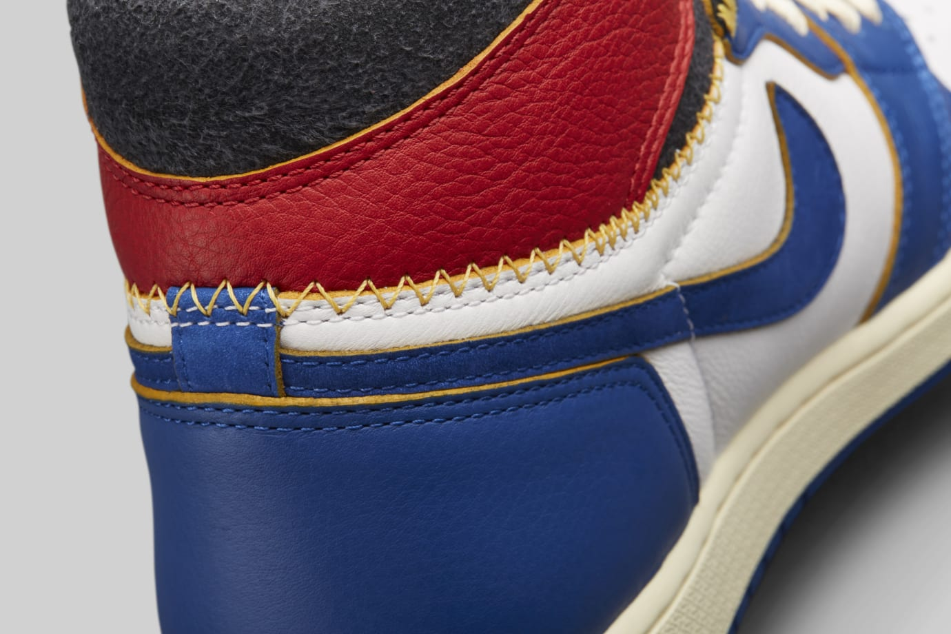 Union x Air Jordan 1 BV1300-146 (Detail 2)