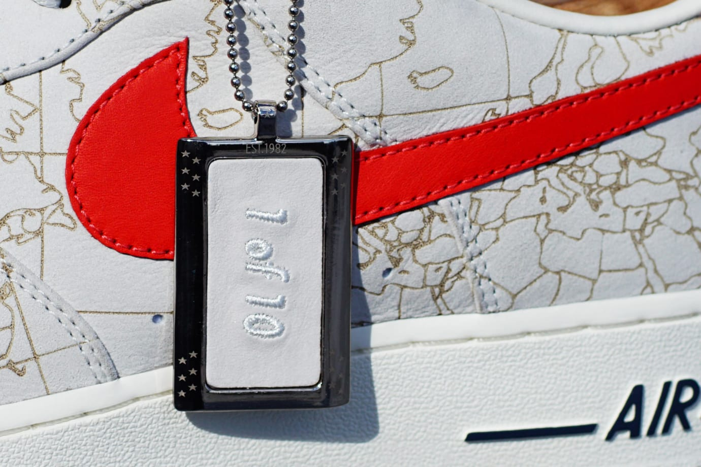 Global Citizen x M5 Showroom Nike Air Force 1 (Hang Tag)