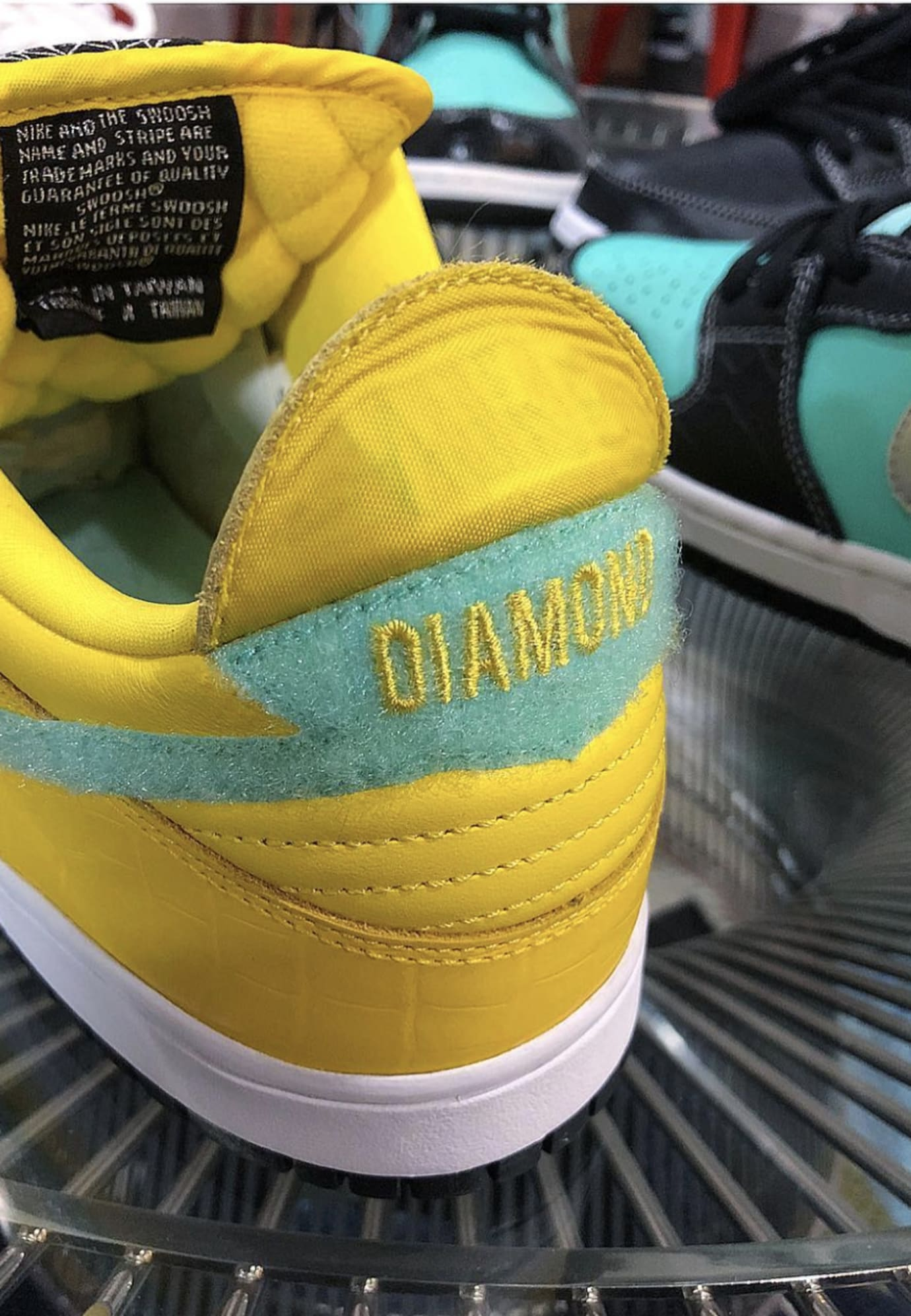 Diamond Supply Co. x Nike SB Dunk Low 'Canary Yellow' 4
