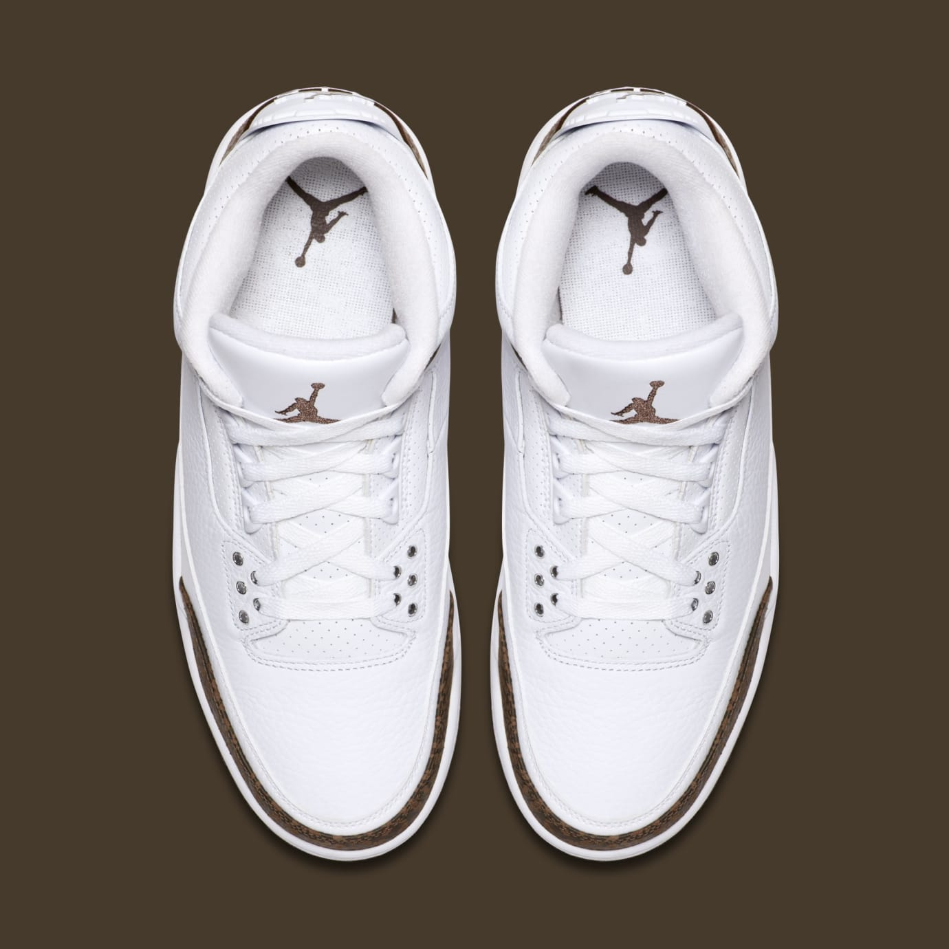 89a673ebf74 Image via Nike Air Jordan 3  Mocha  White Chrome-Dark Mocha 136064-122 (