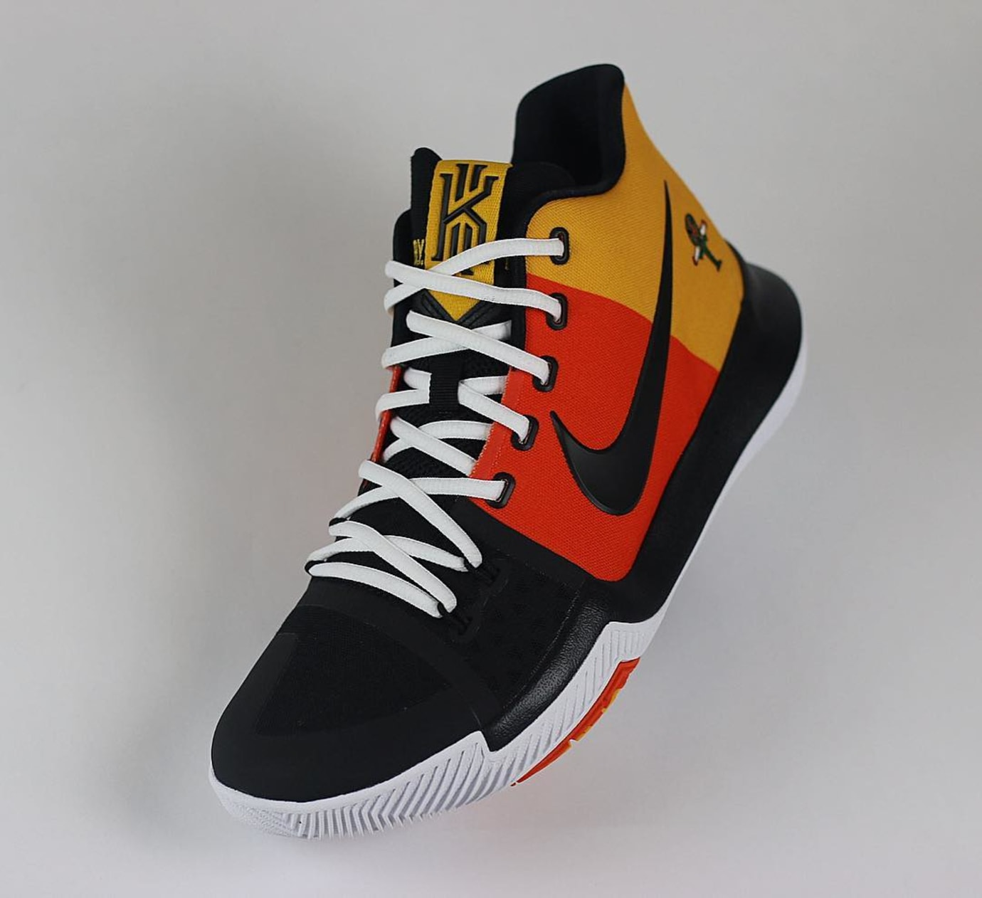 sports shoes 91f1f 2196b Nike Kyrie 3 Raygun | Sole Collector