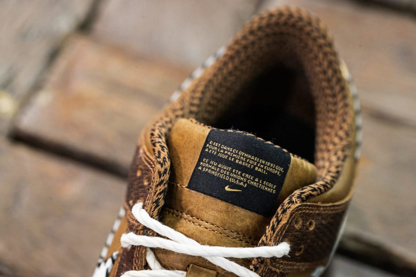 Nike Dunk Low PRM QS Paris 'Ale Brown' AH1072-200 (Tongue)