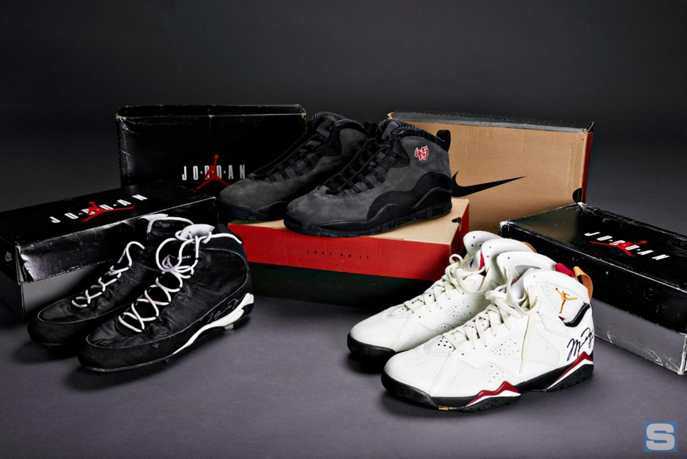 Air Jordan 9 Game Worn Baseball Cleat Autographed Air Jordan 7