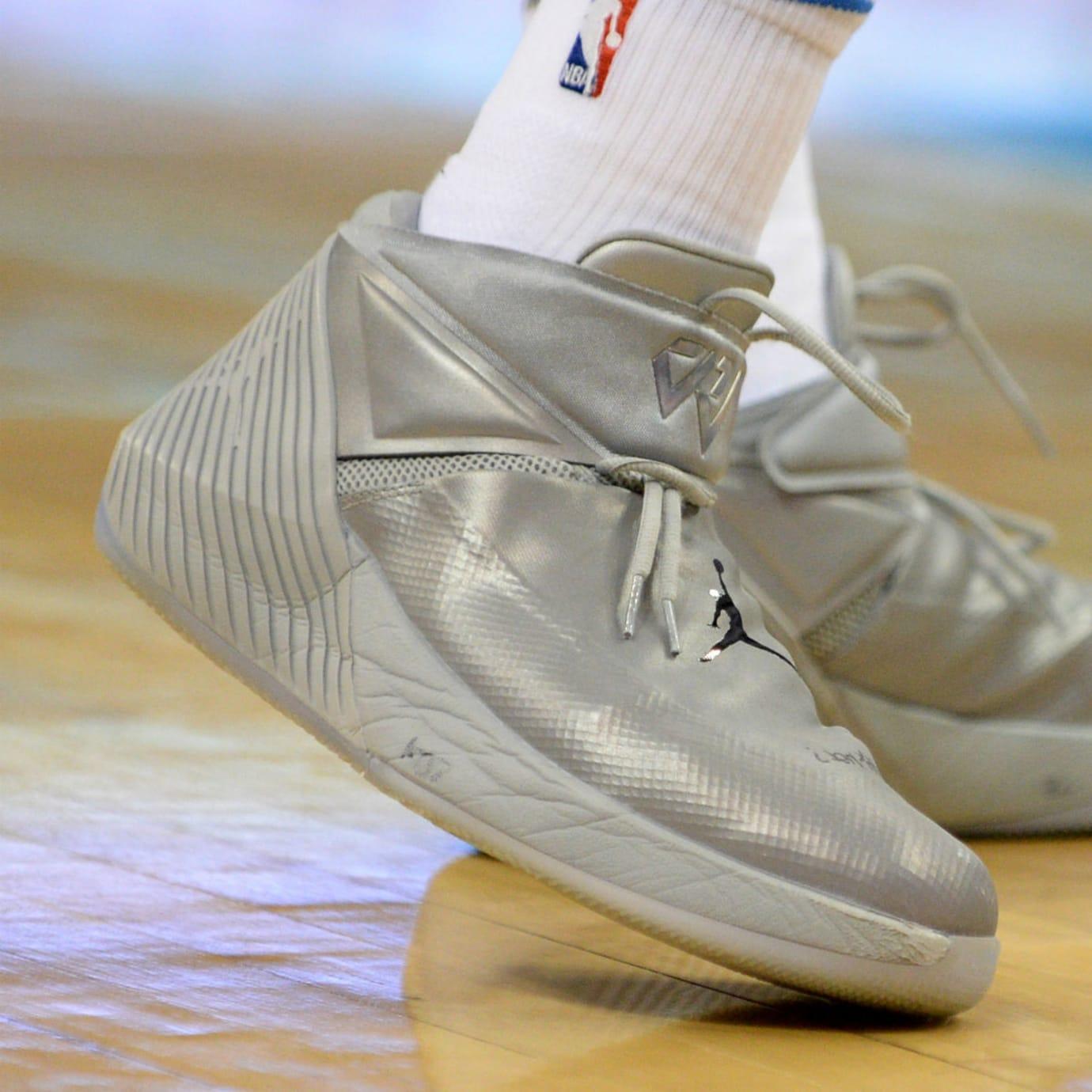 Russell Westbrook Triple-Double Average Jordan Why Not Zer0.1 Silver On-Foot