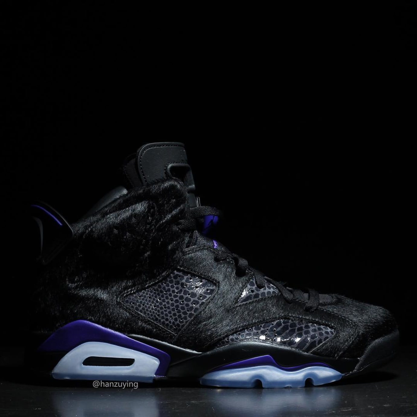50160205d6b Air Jordan 6 VI Cow Fur Snakeskin Black Purple Release Date AR2257-005 Right