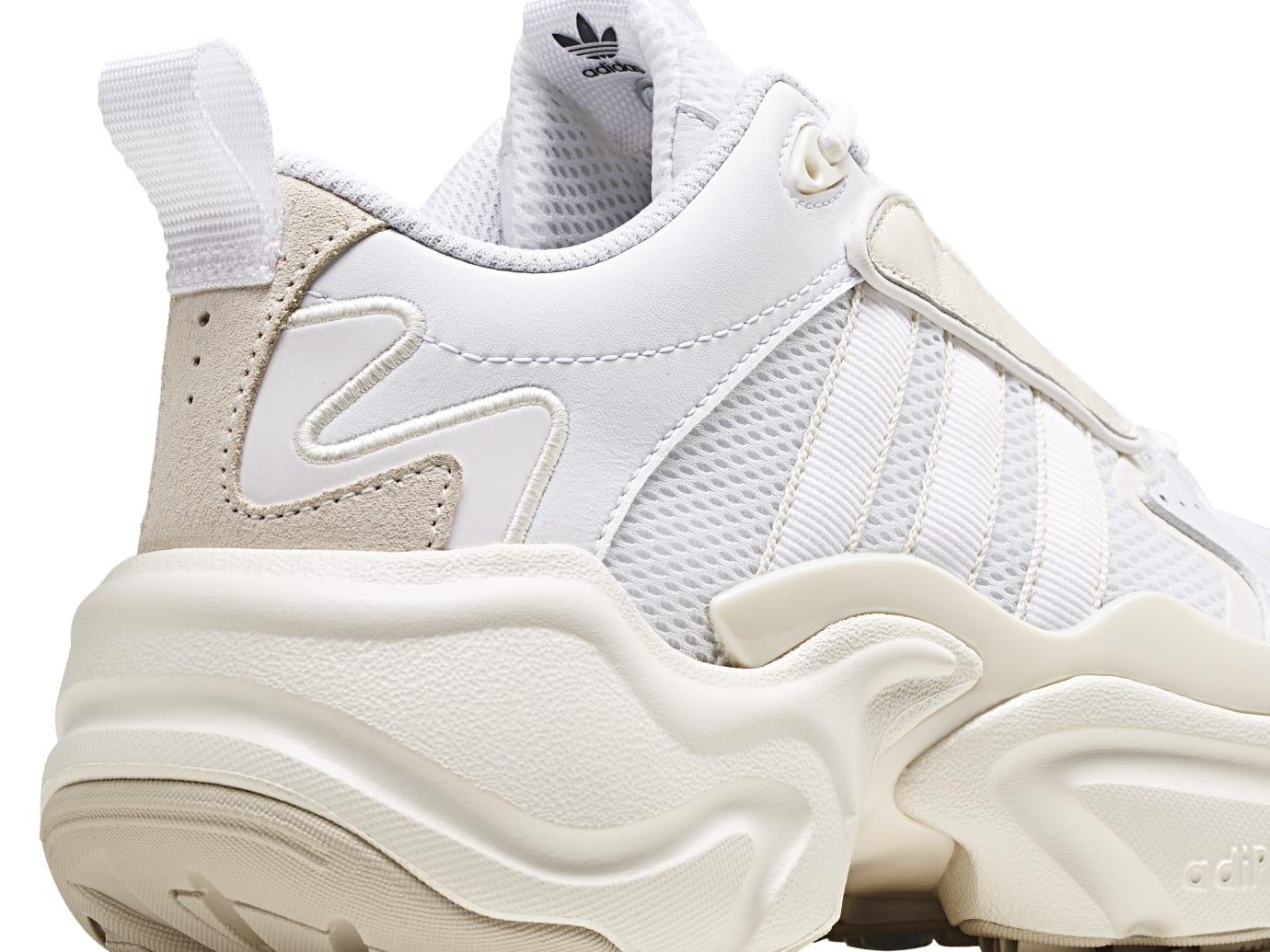 Adidas Consortium Communitas Naked Magmur Runner G54683 (Heel)