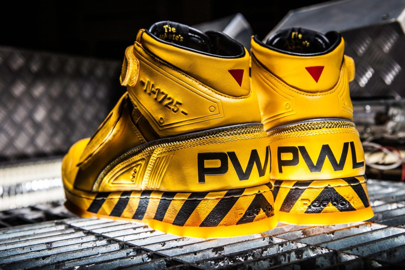 Reebok Alien Stomper Final Battle Sneakers 4