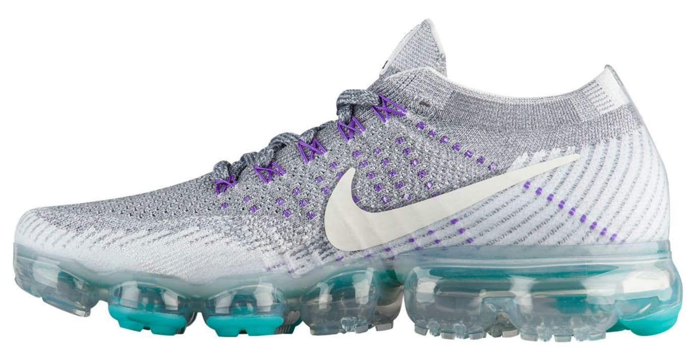 ff3e776c01 Color: Cool Grey/White-Pure Platinum-Wolf Grey Style #: 922914-002. Price:  $190. Women's Nike Air VaporMax Grape Release Date 922914-002 Medial