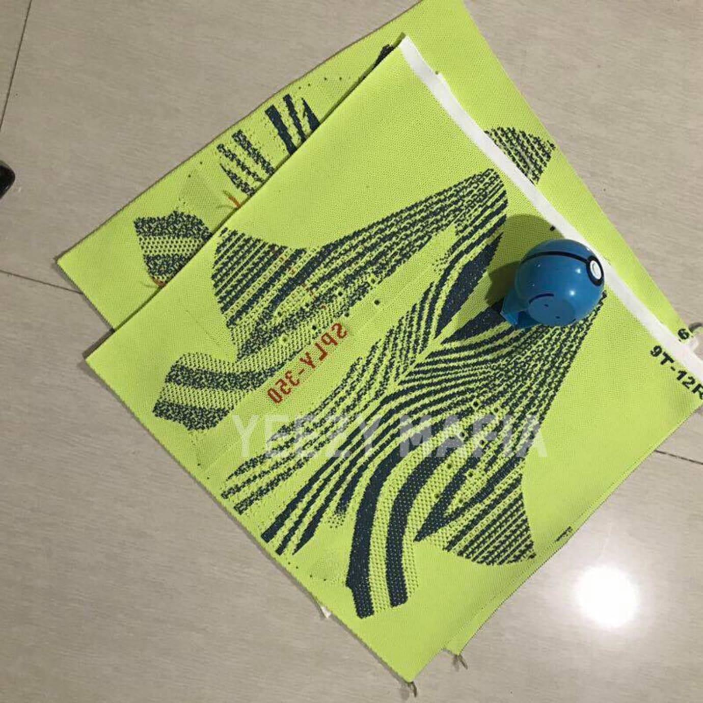 Adidas Yeezy 350 Boost V2 Semi Frozen Yellow Release Date Pattern B37572