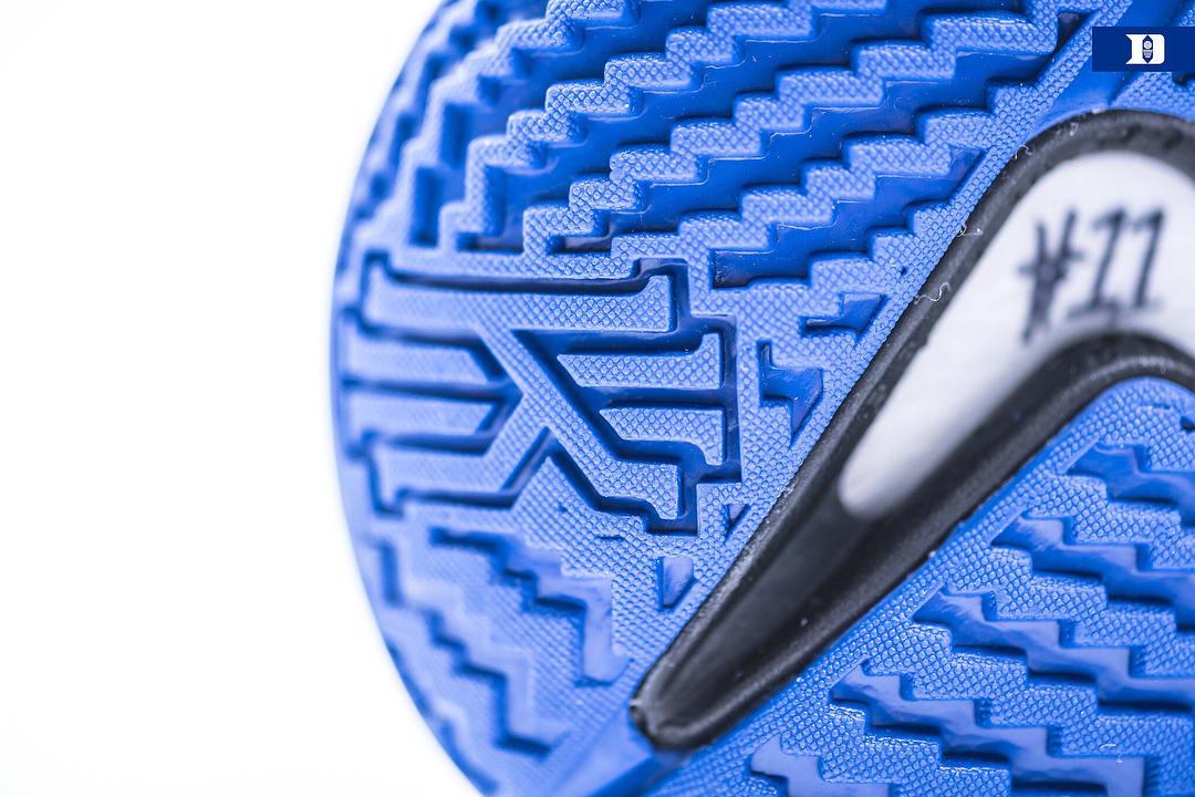 Duke Nike Kyrie 4 PE Heel