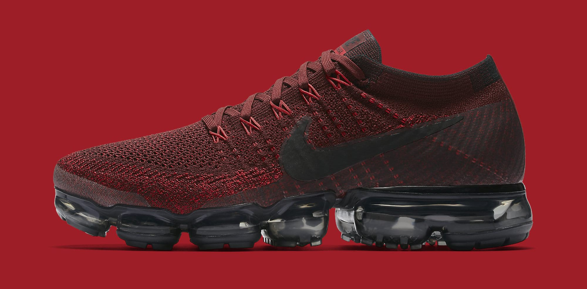 Red Nike VaporMax 849558-601 Profile