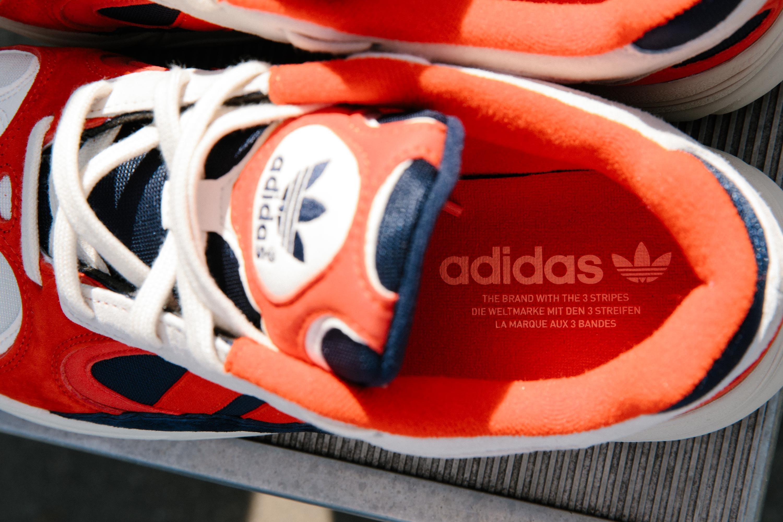 Adidas Yung-1 'Chalk White/Core Black/Collegiate Navy' B37615 (Insole)