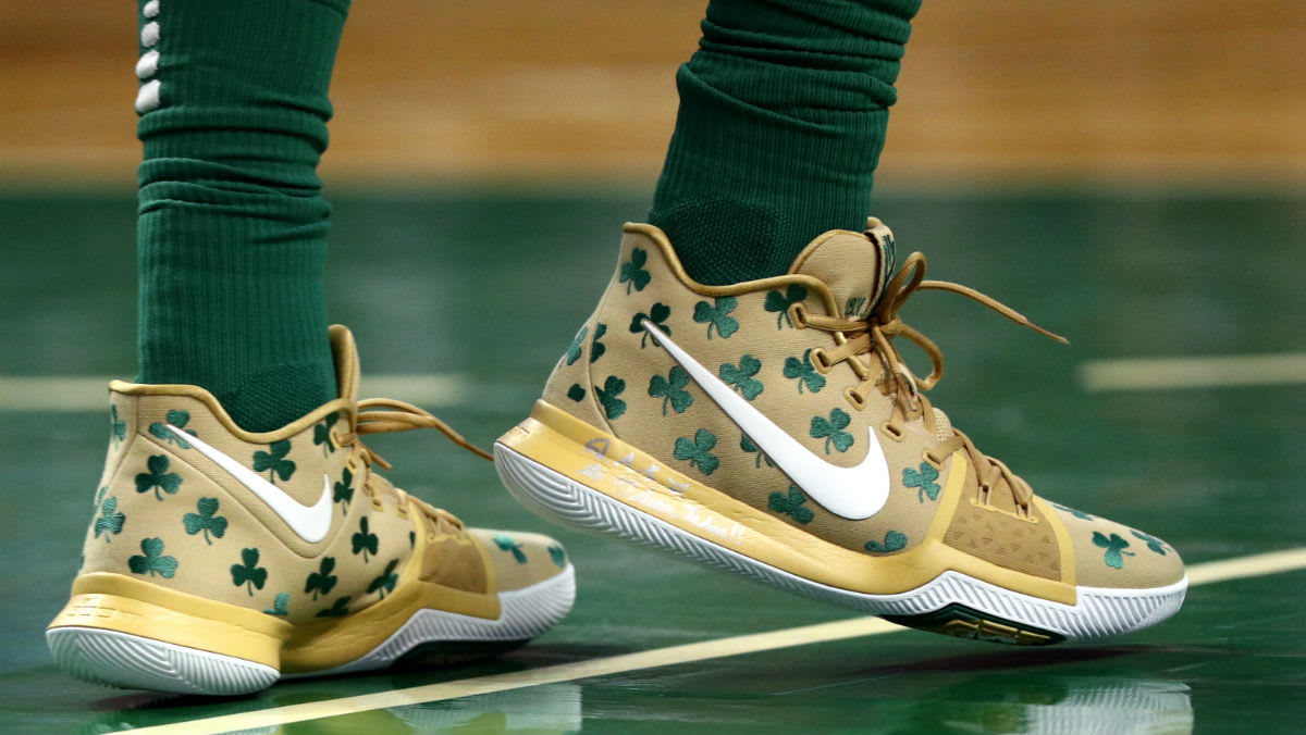 Kyrie Irving Nike Kyrie 3 Luck