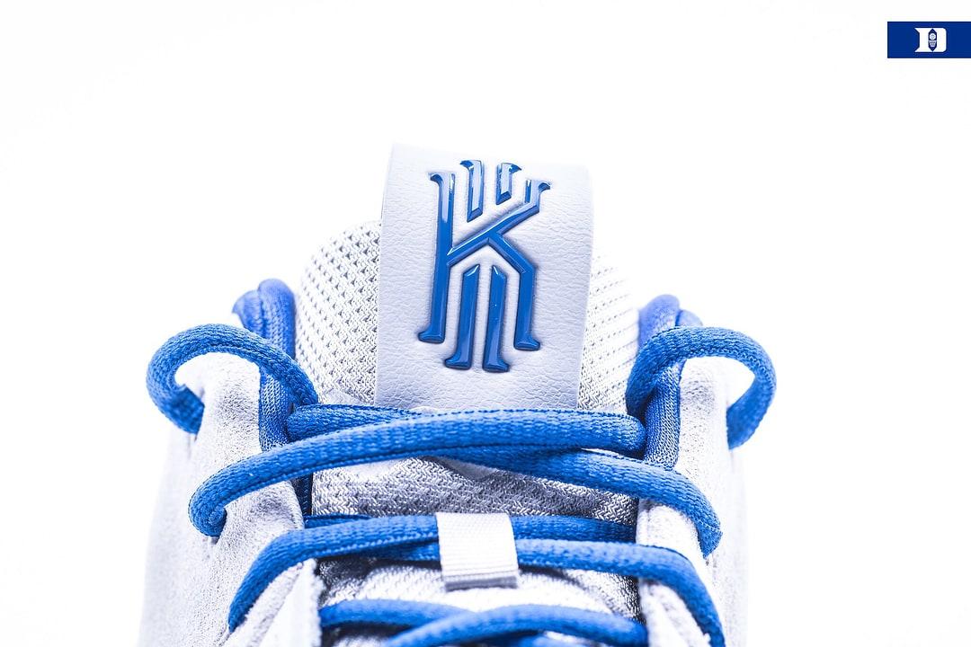 Duke Nike Kyrie 4 PE Tongue
