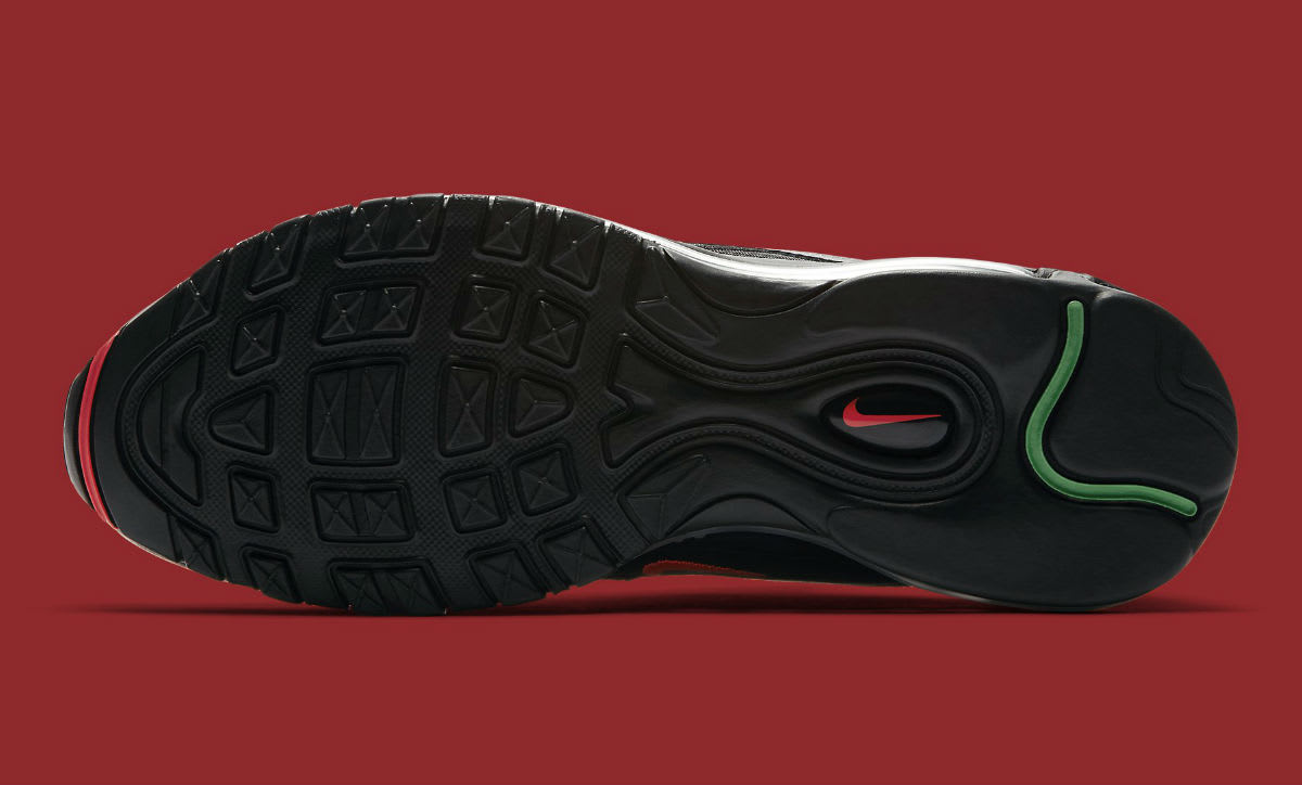 Undefeated x Nike Air Max 97 Black Release Date Sole AJ1986-001