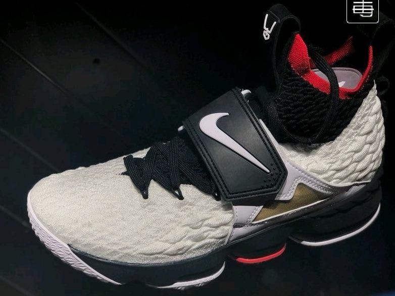 Nike LeBron 15 Diamond Turf Release Date Profile